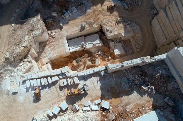 Servizi di riprese aeree cave di marmo e granito