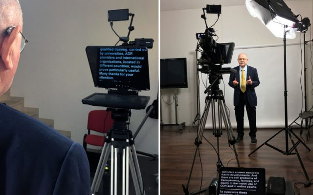 Video tutorial teleprompter